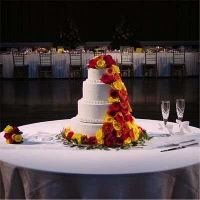 Wedding Cake Flowers - Wholesale Flowers and Supplies