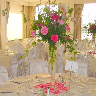 Cheap Center Pieces on Affordable Wedding Centerpieces  Wholesale Reception Cheap Ceremony