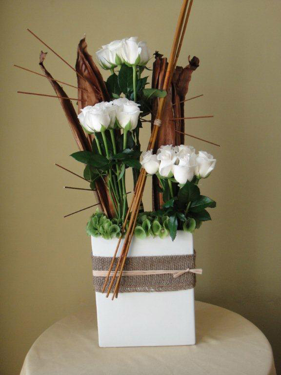 Ceramic w/ 15 roses, bamboo sticks Classic Floral Arrangement