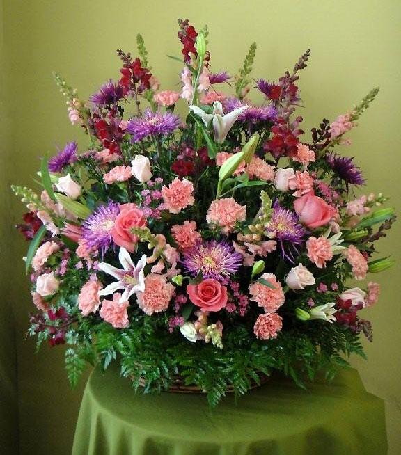 Sympathy Floral Arrangements Roses, Carnations, Lilies & more