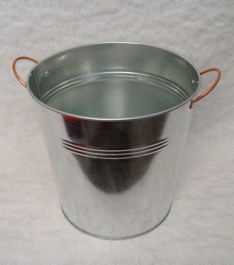 "9"" Copper Handle Flower Bucket"